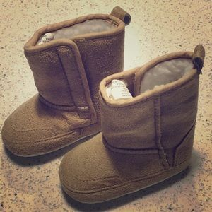 NWOT: Stepping Stone 3-6 month Boots
